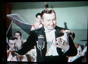 "Xavier Cugat. ""Look ma, one had."""