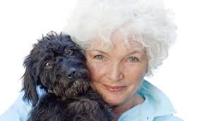 Fionnula Flanagan with a puppy