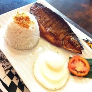 tinapang bangus, on the menu at Puerto Rico's Bangus Restaurant, Greenhills Branch