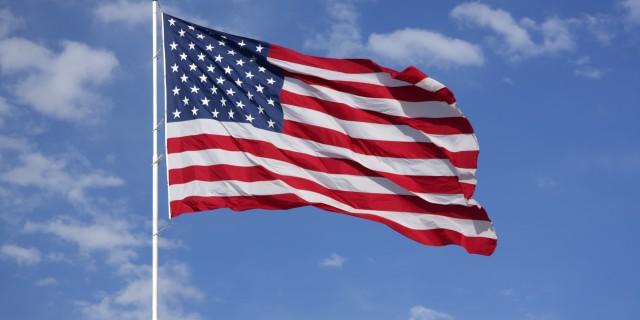 source: http://i.huffpost.com/gen/1649894/images/o-AMERICAN-FLAG-facebook.jpg